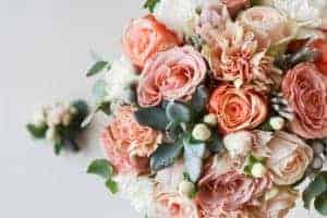 Affordable-Wedding-Flowers-That-Can-Still-Look-Gorgeous-On-Your-Wedding-Day